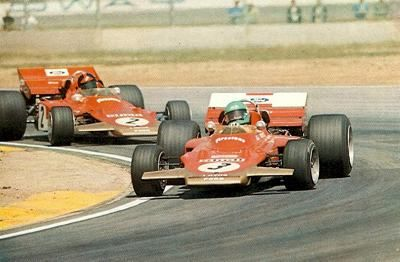 Reine Wisell (3) and Emirson Fittipaldi (2) / Lotus-Ford 72.