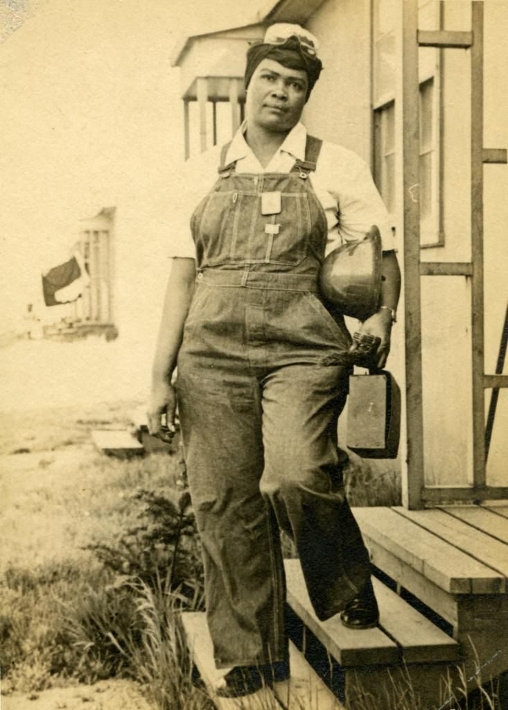African American Female Hardhat worker. Courtesy of Portland Archives A2011-025