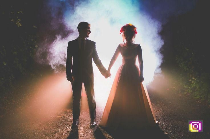 Wedding Alternative Night Wedding Photography Smoke Bombs Fleming Photo Londo Night Wedding Photography Alternative Wedding Photography Smoke Bomb Photography