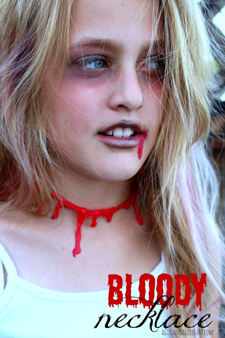 bloody necklace made with hot glue and spray paint!!!!