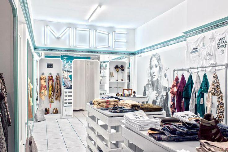 Du brauchst noch Outfits für das schöne Wetter? Unser Pop-Up Store hat noch bis zum Sommer offen!  In der Theaterstraße 9 in 97070 Würzburg beraten wir dich gern :)