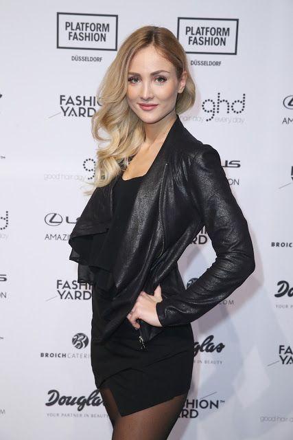 Celebrities In Leather: Carmen Mercedes wears a black leather jacket