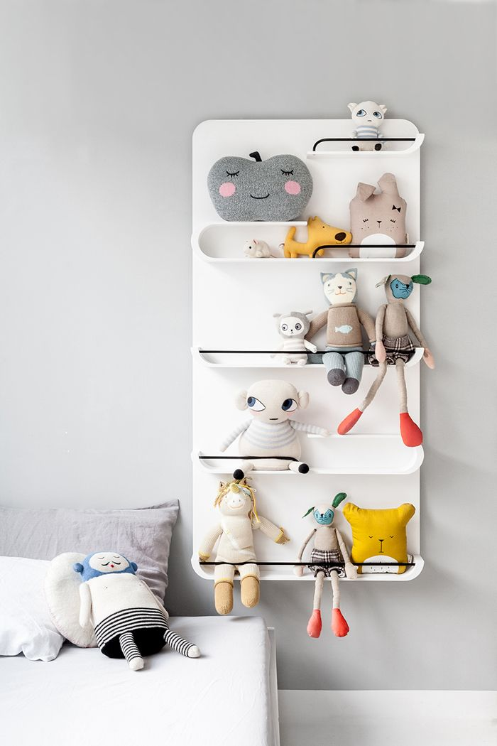 Perfect storage for your Forever Friends - white XL shelf - NEW special offer: http://www.rafa-kids.com/shop/special-offer-white-xl-shelf/