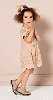 Simona Barbieri :: Thios dress is so gatsby. cute!