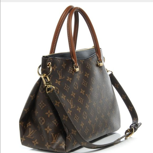 Louis Vuitton Pallas Louis Vuitton Pallas with black leather Louis Vuitton Bags Shoulder Bags