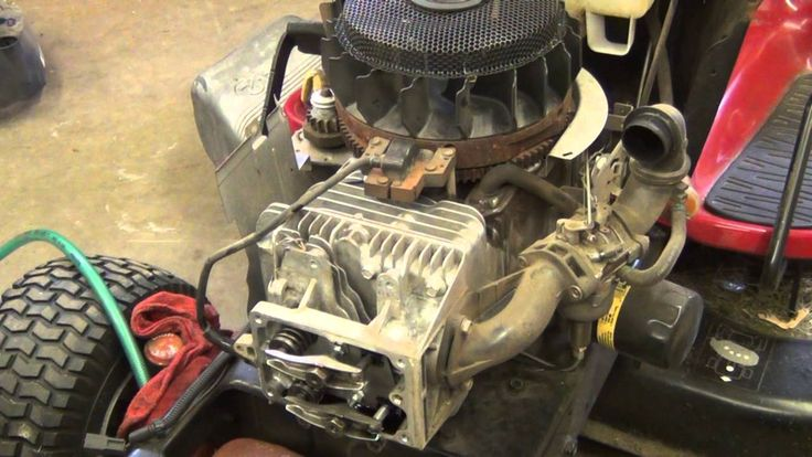 Briggs and Stratton Cylinder head gasket replacement