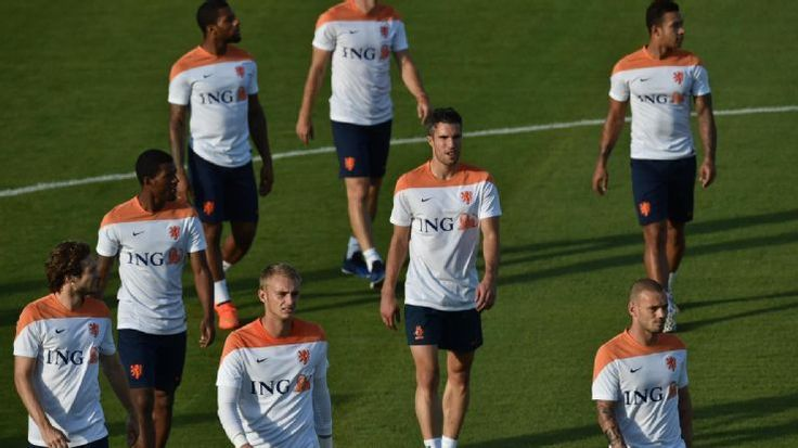 Van Gaal's United debut will be in U.S.