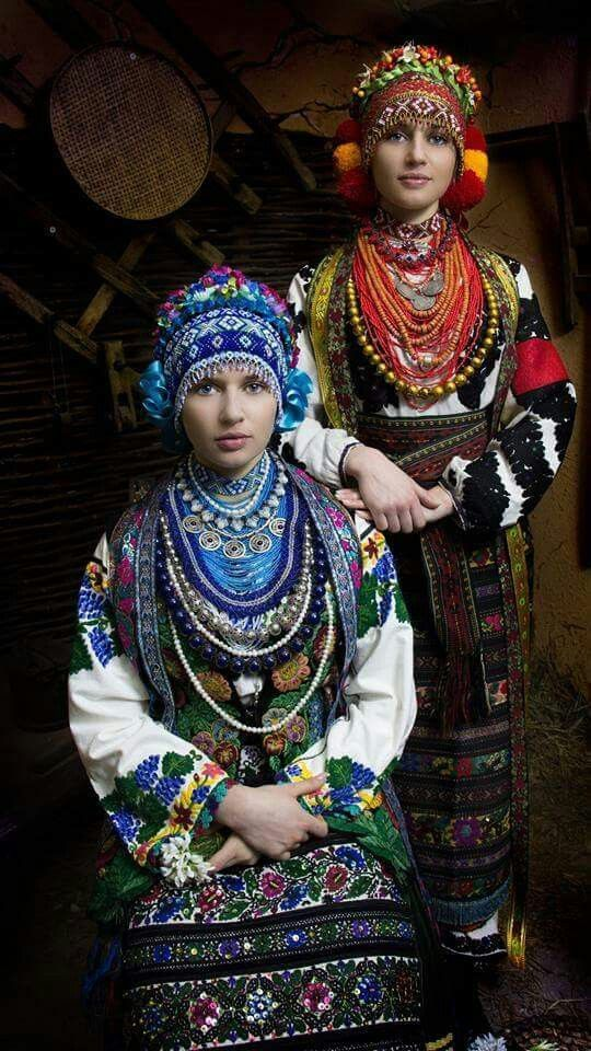 """""""The beauty - eternal armor - mortal"""" - this is the leitmotif of Ukrainian photo project director John Kravchyshyn """"Letters to the front."""" He filmed wives, mothers, daughters fighters who are in the area ATO in Ukrainian bright costumes. Best photos placed in the calendar that represented not only in Ukraine but also abroad."""