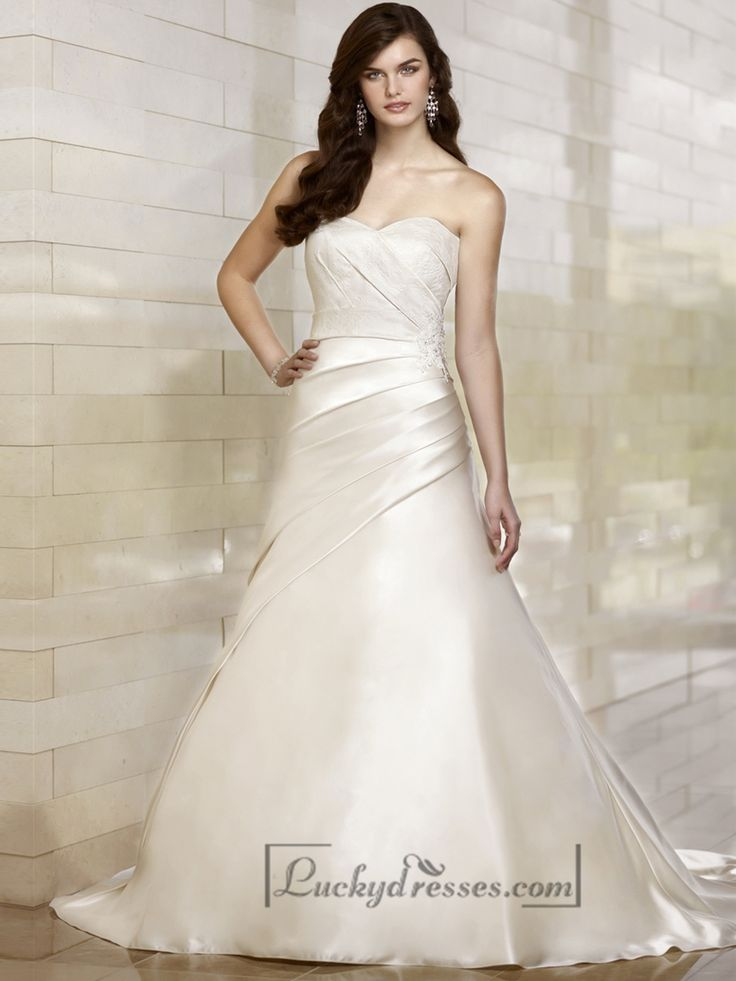 Stunning Trumpet Sweetheart Wedding Dresses with Asymmetrical Pleated Skirt
