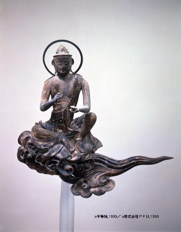 Cloud memorial Bodhisattva - Byodoin Temple -07