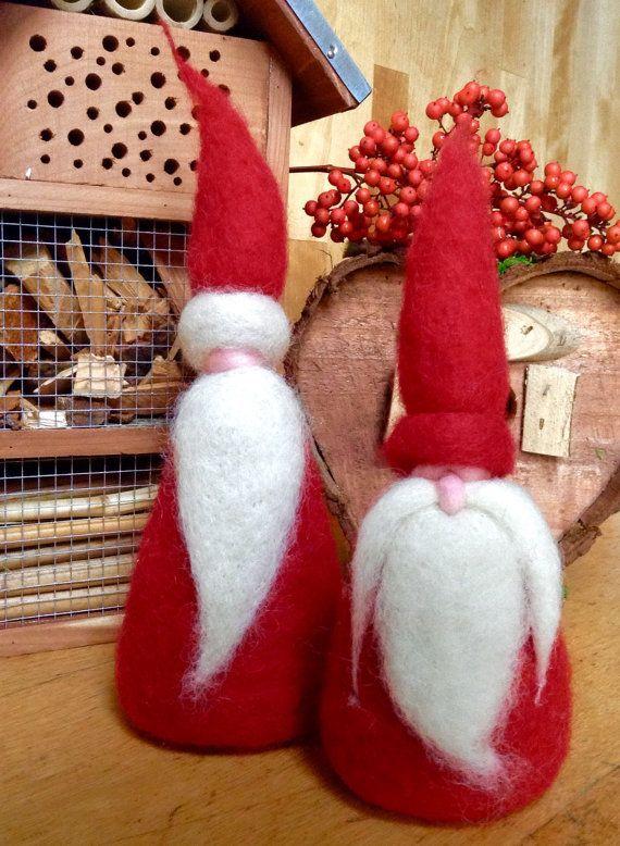 Due Babbi Natale in lana cardata. Bergshaf e di FatediLana su Etsy