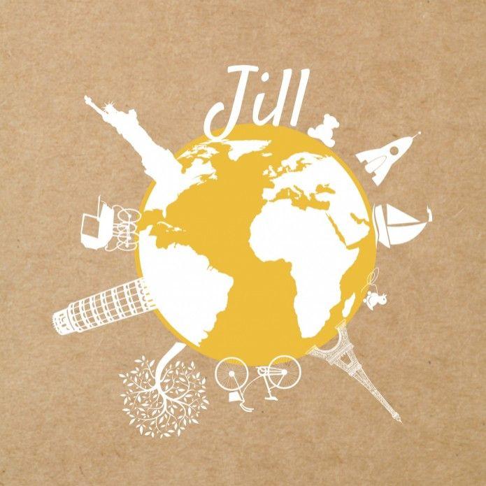 Stoer geboortekaartje voor een meisje met een wereldbol op een kraft karton look achtergrond met Hollandse en internationale elementen zoals de Eiffeltoren, toren van Pisa, Taj Mahal, zeilboot, kinderwagen en een fiets. In de beeldbank vind je meer illustraties welke je op de aardbol kunt plaatsen.