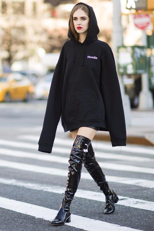 Chiara Ferragni wearing  Vetements Definition Sweatshirt Hoodie, Chiara Ferragni Collection  FW16 Flirting Patent Leather Booties