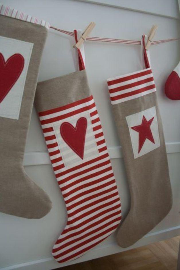 Nikolausstiefel - XL Nikolausstrumpf Socke gestreift mit Herz - ein Designerstück von amanja bei DaWanda