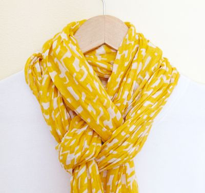 A Simply Pretty Way To Tie A Scarf... love it!