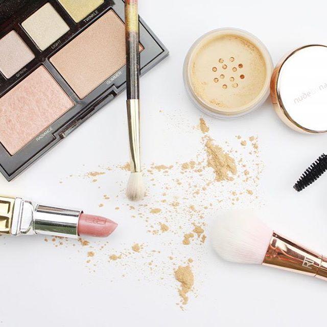 Geschenkidee: Profi Make-up / Make-up Beratung