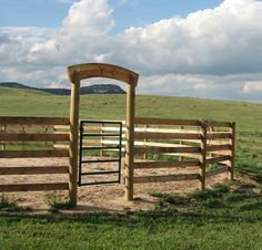 how build a safe round pen on an extreme budget a round pen is used for training horses - Horse Barn Design Ideas