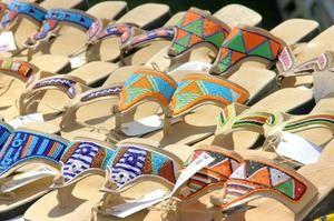 Instructions pour faire des sandales perlées