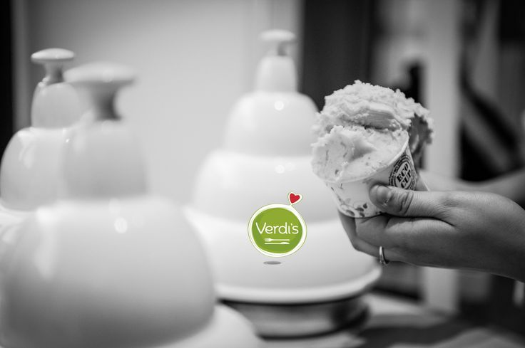 """""""Il gelato non nuoce alla fine del pranzo, anzi giova, perché richiama al ventricolo il calore opportuno a ben digerire; ma guardatevi sempre, se la sete non ve lo impone, di bere tra un pasto e l'altro, per non disturbare la digestione, avendo bisogno questo lavoro di alta chimica della natura di non essere molestato."""" Cit. Pelligrino Artusi #foody #icecream #gelato #primavera #good #food #expo2015 #love #verdis #sanoappetito #healthy #cibo #merenda"""