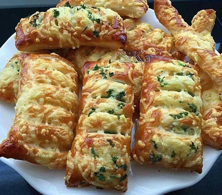 Deze mosterd kaasbroodjes zijn heel simpel zelf te maken en ze smaken echt VERRUKKELIJK! - Zelfmaak ideetjes