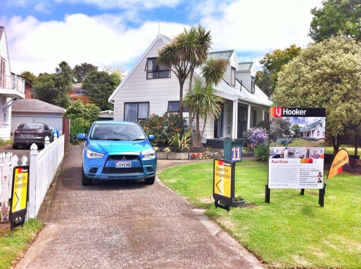 Real estate mangere bridge Auckland New Zealand. Mitsubishi ASX
