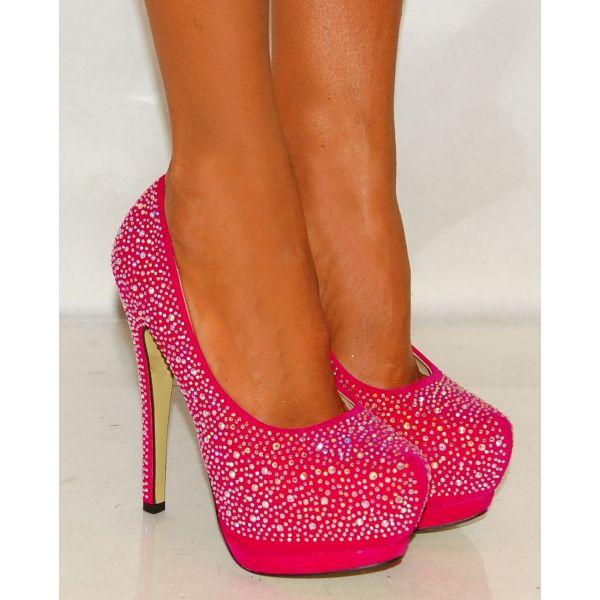 best 25 sparkly high heels ideas on pinterest sparkle. Black Bedroom Furniture Sets. Home Design Ideas