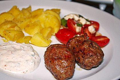 Mititei, rumänisch, ein schönes Rezept aus der Kategorie Barbecue & Grill. Bewertungen: 13. Durchschnitt: Ø 3,9.