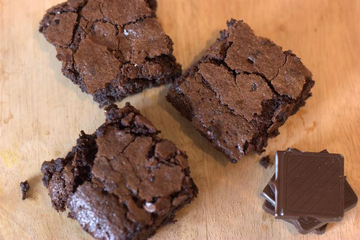 Domestic Sluttery: Baking for Beginners: After Dinner Mint Brownies