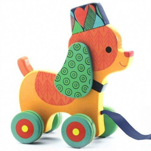 Οι τρεχαλίτσες είναι σημαντικά παιχνίδια στη ψυχοκινητική ανάπτυξη των νηπίων. Από τη μέρα που κάνουν τα πρώτα τους βήματα μέχρι και πολύ αργότερα (πέρα τα 3 έτη) τα παιδιά τρελλαίνονται να σέρνουν τροχήλατα παιχνίδια. Πολύ περισσότερο δε όταν αυτά είναι τόσο όμορφα, χρωματιστά και καλοσχεδιασμένα όσο ο Inou, το σκυλάκι [...]