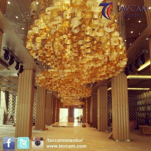 El yapımı cam sanatı #tavcam da. 36 yıldır.  #avize #aydınlatma #design #chandelier #lighting #dekorasyon #tasarım #konsept #lightingdesign www.tavcam.com