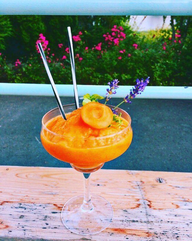 """18 kedvelés, 1 hozzászólás – Garázs Kávézó - café & bar (@garazskavezo) Instagram-hozzászólása: """"#apricot #apricotdaiquiri #daiquiri #sárgabarack #sárgabarackdaiquiri #koktél #cocktail #cocktails…"""""""