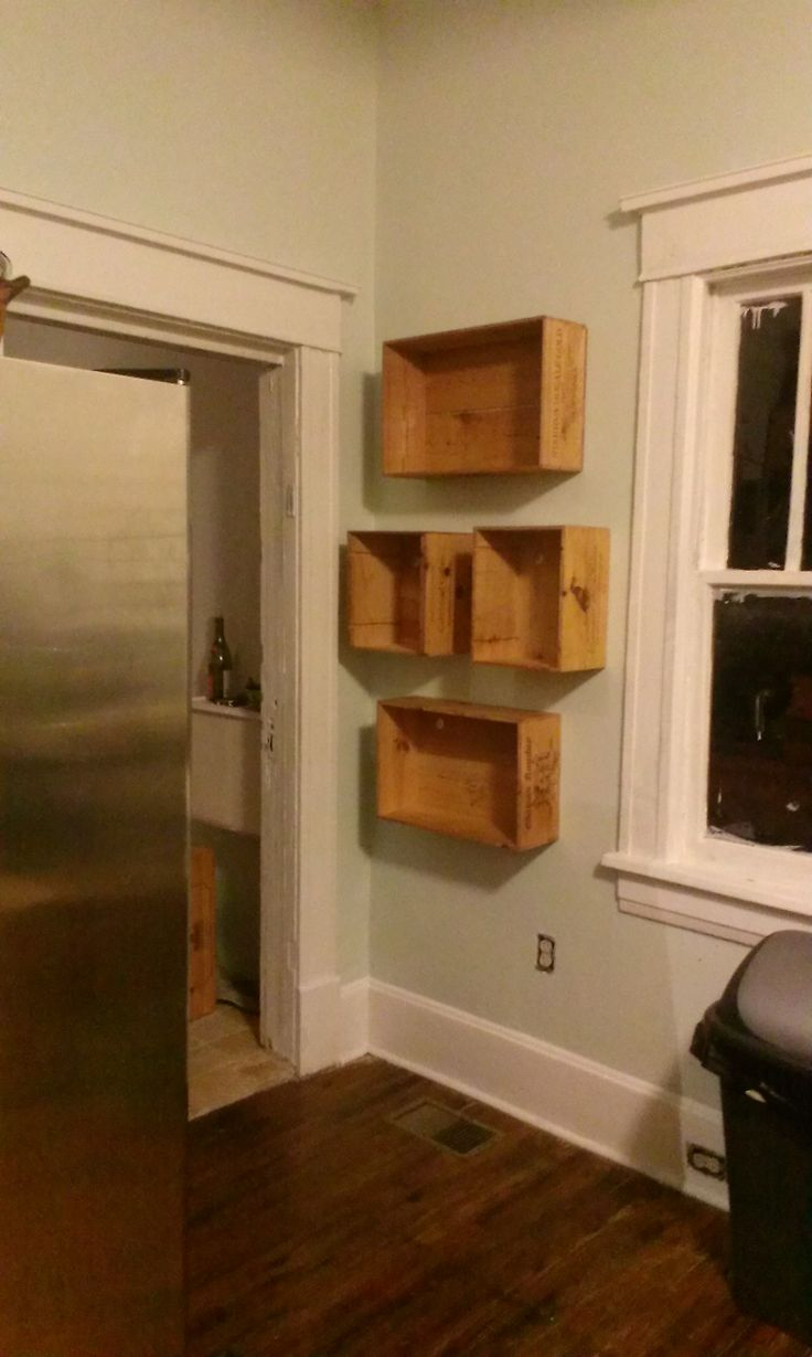 7 best images about wine box ideas on pinterest for Old wooden box ideas