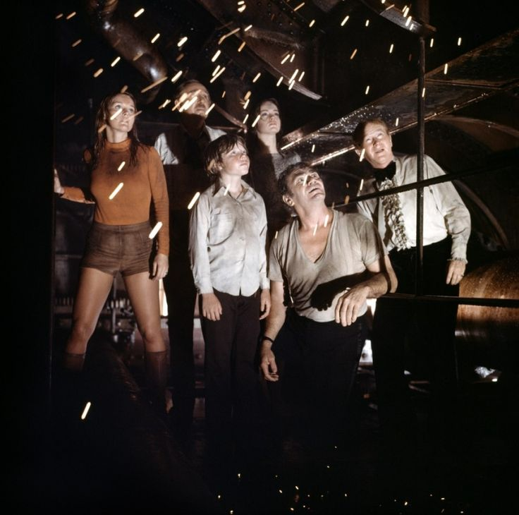 With Jack Albertson, Pamela Sue Martin, Eric Shea, and Red Buttons in THE POSEIDON ADVENTURE (1972).