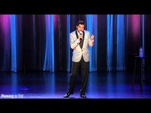 Aziz Ansari Stand up - Texting with Girls (Dangerously Delicious Preview)