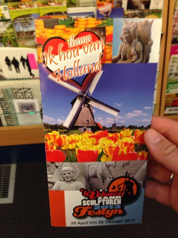 Een Hollands feest, het is direct duidelijk. Ze hebben veel gebruik gemaakt van de kleur oranje, waardoor het opvalt.