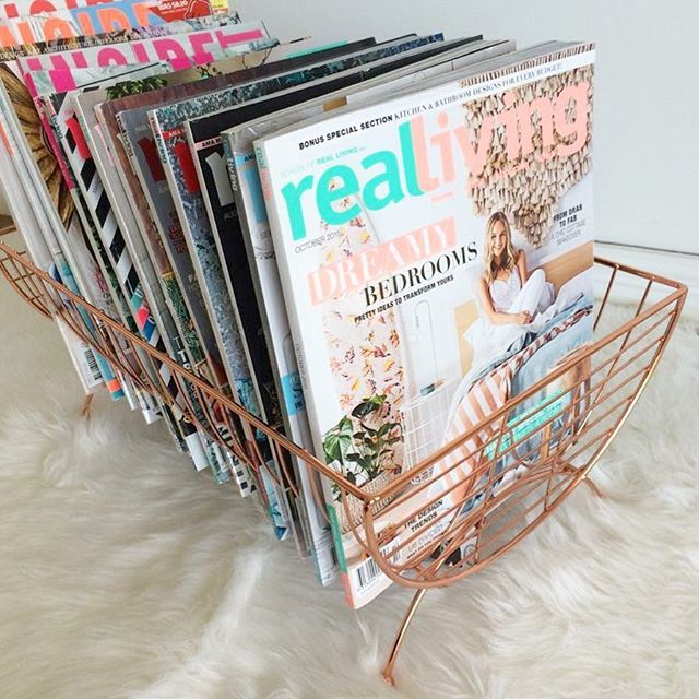 Using my @kmartaus copper dish rack as a magazine holder  So in love with it