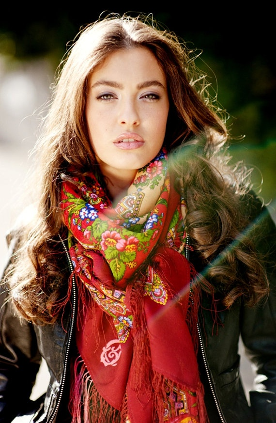 This Wool Russian #scarf is gorgeous!  I think I have scarves obsession!