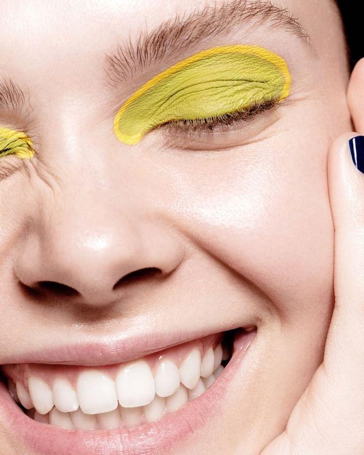いいね!907件、コメント12件 ― Beauty Archive Magazineさん(@beautyarchiveofficial)のInstagramアカウント: 「⚡️⚡️/ Science of Laughs / #BAexclusive Photo Credit: : @danadelaney #hair :@hairbyashleyh  :…」