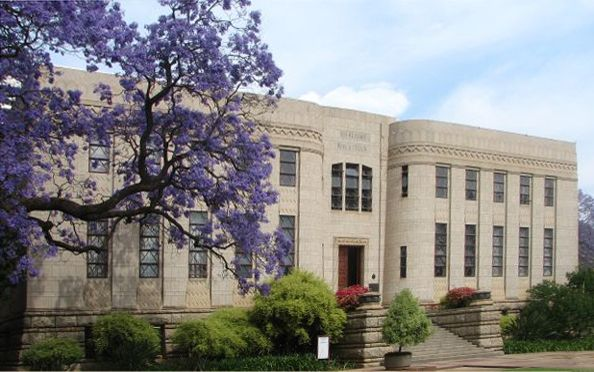 The Old Merensky library on the campus of the University of Pretoria - such a beautiful building - this photo does not do it justice - I spent many hours studying here