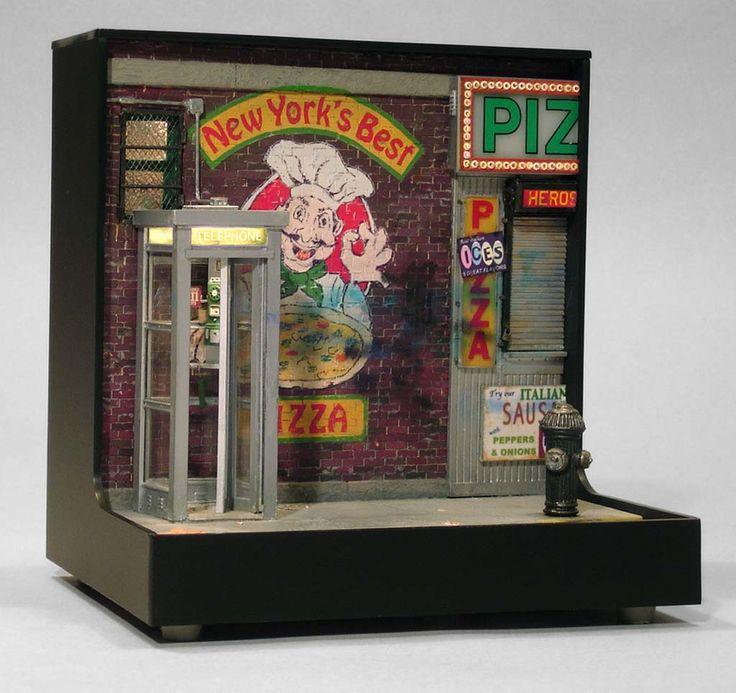 """NEW YORK'S BEST PIZZA"" (2001) 7 3/8 x 7 1/8 x 5 3/4 inches - Alan Wolfson"