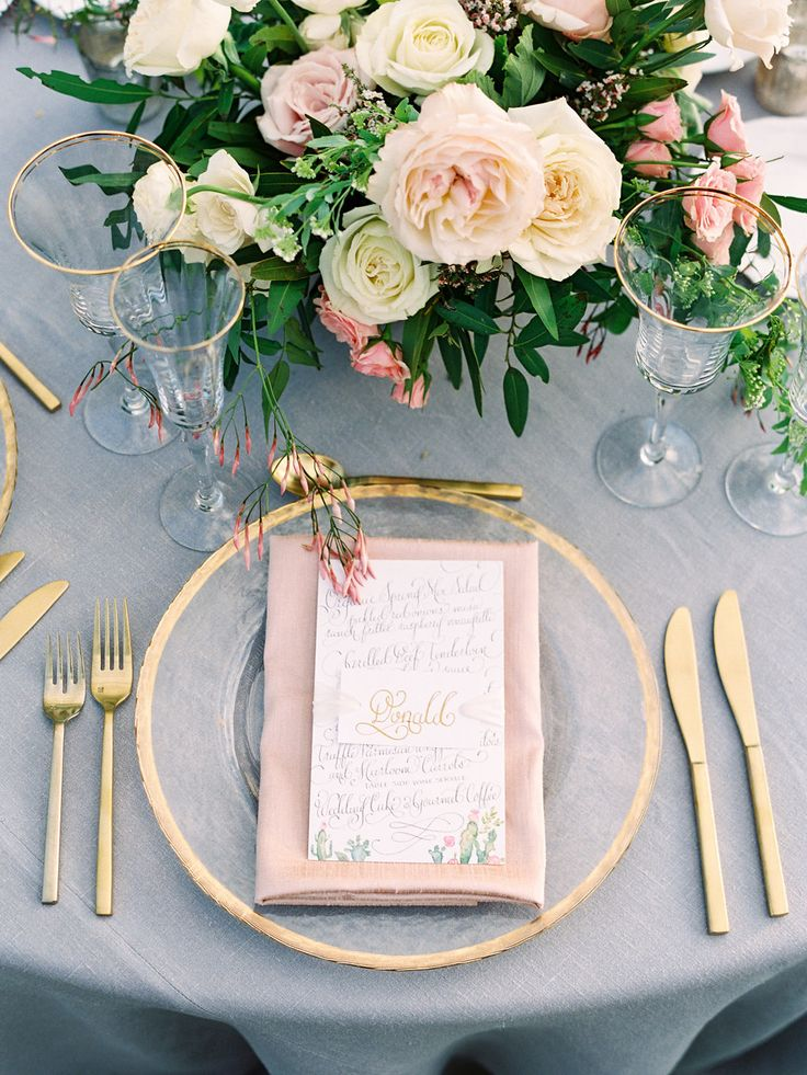 La Tavola Fine Linen Rental: Tuscany Natural with Dupionique Iridescence Blush Napkins | Photography: Daniel Kim Photography, Planning & Design: Imoni Events, Florals: Carte Blanche Design, Calligraphy & Paper Goods: Kara Anne Paper, Venue: Four Seasons Resort Scottsdale