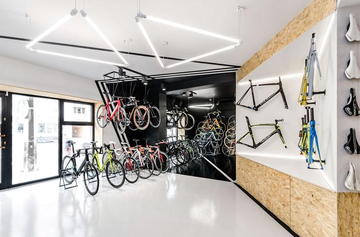 Image 1 of 28 from gallery of VÈLO7 Cycle Shop / mode:lina architekci. Photograph by Patryk Lewinski