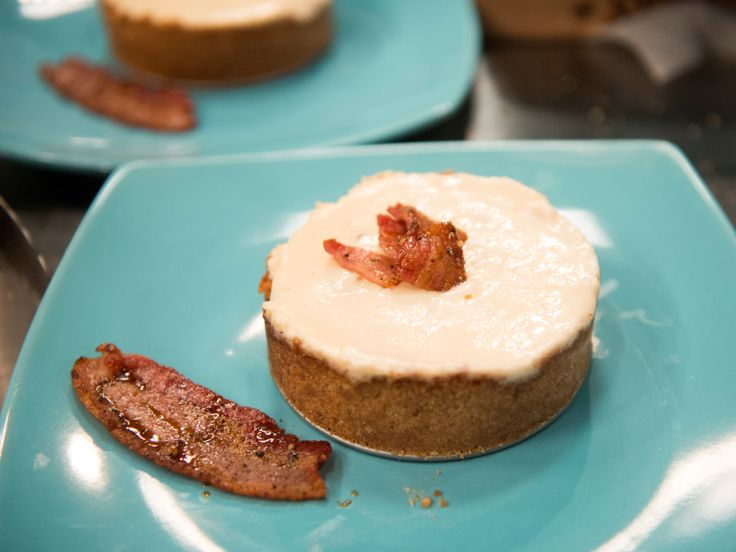 Maple Bacon Cheesecake from FoodNetwork.com gotta try this one! Got the highest bid on Food Network Star. Stacy used apple smoked bacon