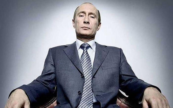 Доходы Путина. Стали известны официальные доходы Владимира Путина и Барака Обамы.