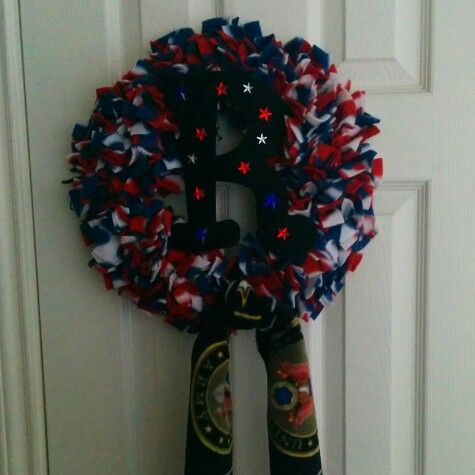 Patriotic Polar Fleece Wreath for an Army soldier and new wife