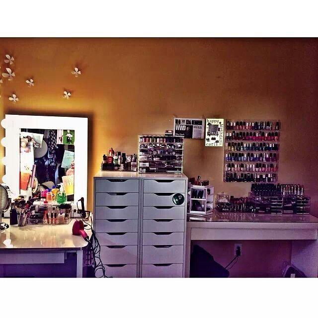 Carli Bybel Makeup Room Storage Makeup Rooms Pinterest