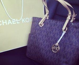 michael khors bag This design, color-purple, brown, or tan
