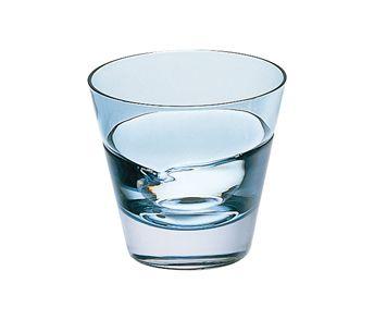 ロックグラス:絶妙な色合い