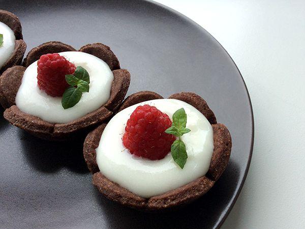 Raspberry mini tarts