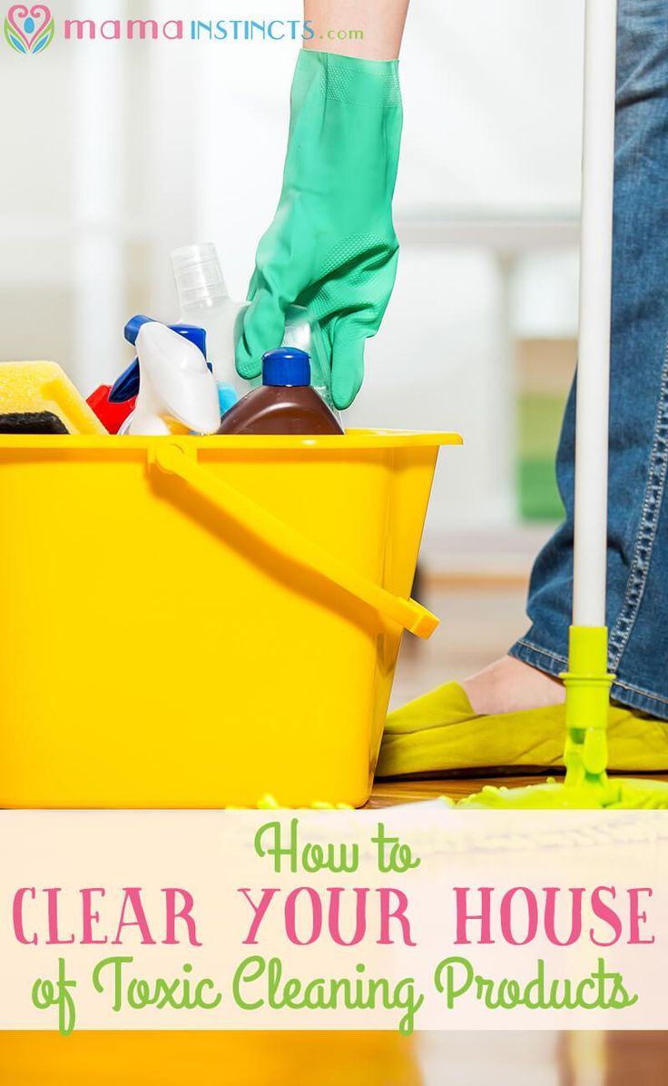 Avoid toxic cleaning products in your home and keep your family safe from harmful chemicals. Find out how to clear your house of toxic cleaning products and which are our favorite non-toxic products. Click to read more or pin it for later.